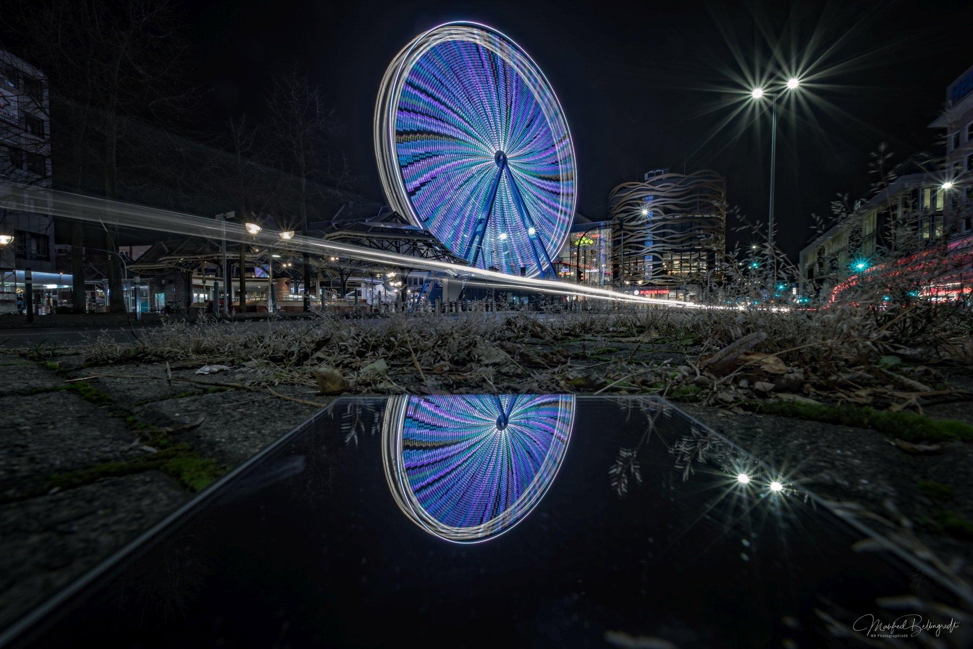 Riesenrad Spiegelung