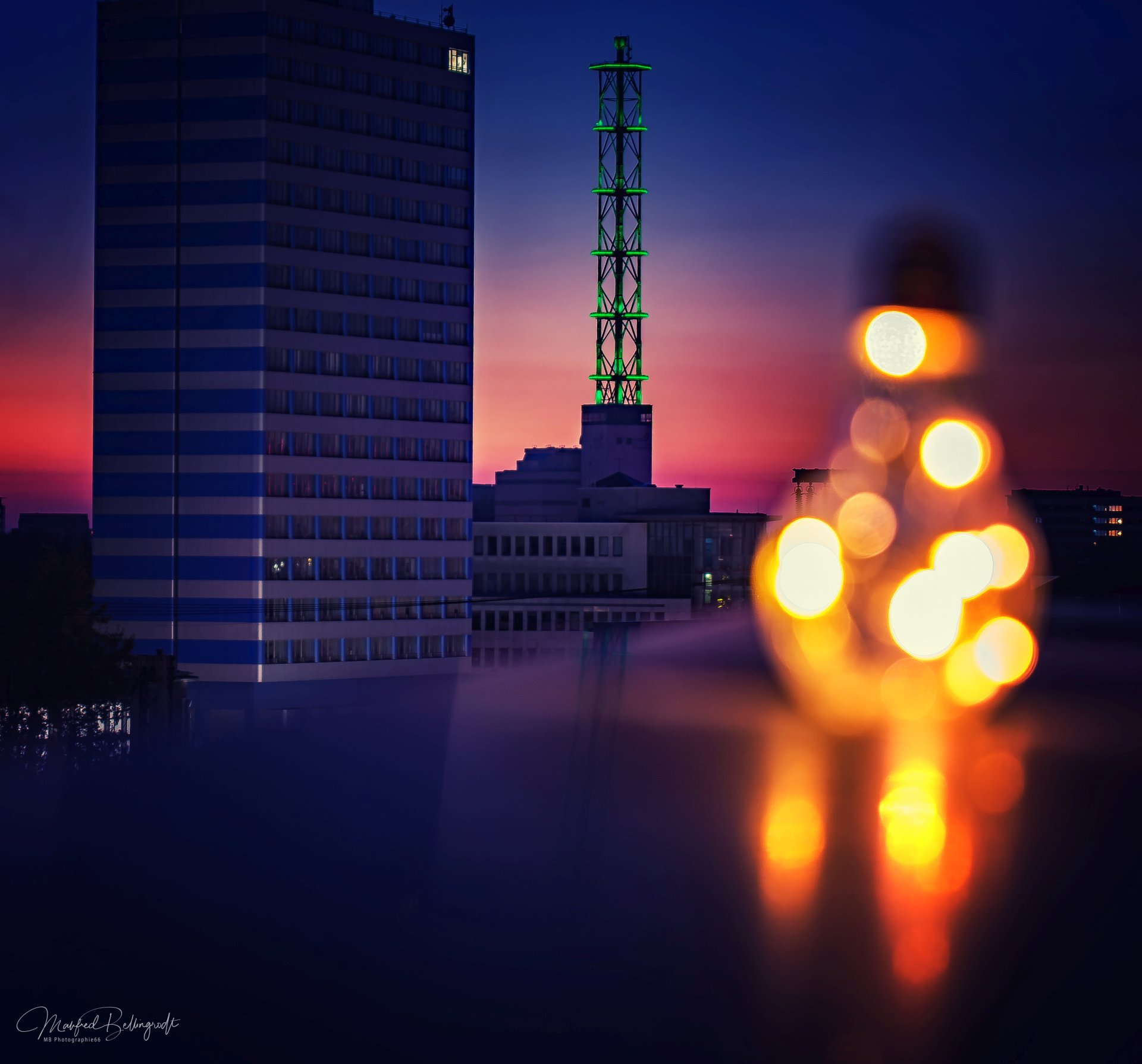 UCi Parrkhausdach Glühbirne+Turm